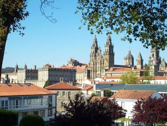 Vista_de_la_catedral_desde_la_Alameda_de_Santiago-santiago_de_compostela_foto_2